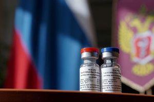 Nga sẵn lòng chia sẻ vaccine, Mỹ từ chối