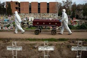 Số người tử vong do Covid-19 vượt 750.000, các nước thắt chặt các quy định