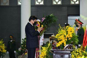 Thủ tướng Lào viếng nguyên Tổng Bí thư Lê Khả Phiêu