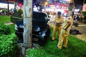 Nữ tài xế gây tai nạn liên hoàn khiến nhiều người bị thương ở TP.HCM