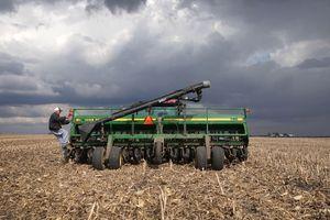 Điều gì khiến nông dân Mỹ ngày một bất bình với Tổng thống Trump?