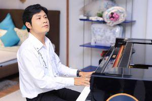 Sau cú sốc ly hôn, nhạc sĩ Nguyễn Văn Chung vượt qua trầm cảm bằng âm nhạc, không nghĩ đến chuyện 'đi thêm bước nữa'