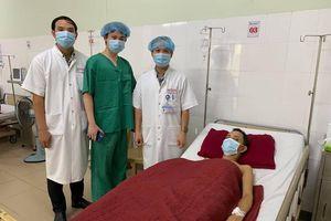 Bệnh viện Trung ương Huế: Cứu sống bệnh nhân ho ra máu 'sét đánh'
