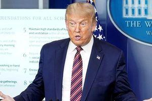 Ông Biden kêu gọi đeo khẩu trang, Tổng thống Trump nói phản khoa học, thụt lùi