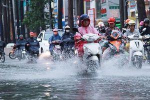 Cả nước mưa lớn ngày Quốc tang nguyên Tổng Bí thư Lê Khả Phiêu