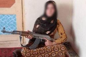 Uẩn khúc vụ thiếu nữ dùng AK-47 bắn hạ phiến quân Taliban