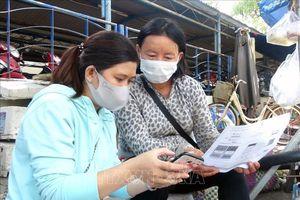 Phú Yên hỗ trợ người dân cài đặt ứng dụng Bluezone và NCOVI