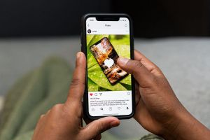 Mark Zuckerberg bắt đầu tham vọng 'đồng hóa' Instagram