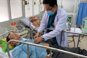 Bệnh viện Chợ Rẫy cứu cha của bác sĩ đang chống dịch ở Quảng Nam