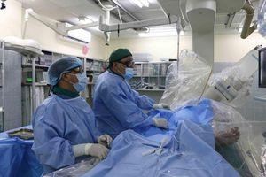 Kịp thời cứu bố của đội trưởng Đội phản ứng nhanh điều trị COVID-19 tại Quảng Nam