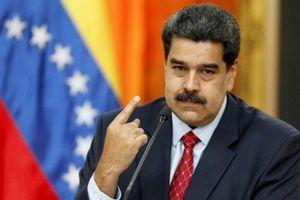 Sau Tổng thống Philippines, tới lượt Tổng thống Venezuela xung phong tiêm vaccine Sputnik-V của Nga