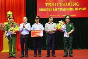 UBND Hà Tĩnh trao thưởng các lực lượng có thành tích đấu tranh phòng chống tội phạm