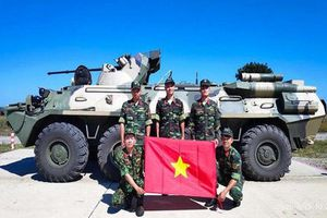 Chiến sĩ Việt Nam lần đầu sử dụng thiết giáp BTR-82A, lợi hại thế nào?