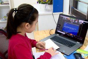 Dạy học trực tuyến: Hội tụ đủ điều kiện 'cần' và 'đủ'