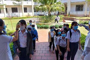 Thầy giáo coi thi tốt nghiệp mắc COVID-19, Giám đốc Sở GD & ĐT Quảng Nam nói gì?