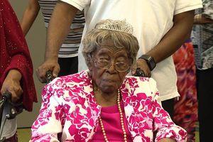 Cụ bà 116 tuổi có 200 cháu, chắt