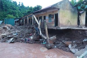 Lào Cai: Mưa lũ làm 1 người chết, 2 người mất tích
