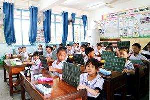 Học sinh lớp 1, năm học 2020 - 2021: Học chương trình, sách giáo khoa mới