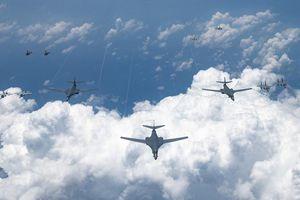 6 máy bay ném bom Mỹ diễn tập ở Ấn Độ Dương - Thái Bình Dương