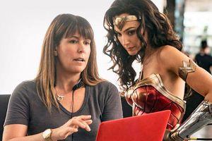 Phản diện của Wonder Woman 1984 lấy 'cảm hứng' từ TT Donald Trump