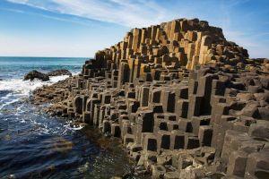 40.000 cột đá bazan lục giác ở Bắc Ireland