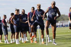 Paris Saint-Germain: 50 năm và giấc mộng vô địch