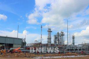 Cải hoán tại Nhà máy Xử lý khí Dinh Cố