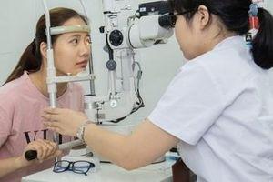 Tự ý dùng thuốc nhỏ mắt, người phụ nữ mắc bệnh gây mù lòa thứ 2