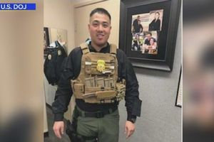 Người gốc Việt giả làm đặc vụ liên bang Mỹ hơn 10 năm