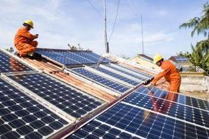 Cần sớm ban hành tiêu chuẩn về pin năng lượng mặt trời, tránh tình trạng 'vàng thau lẫn lộn'