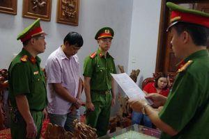 Hà Giang: Khởi tố, bắt tạm giam đối tượng khai thác rừng trái phép