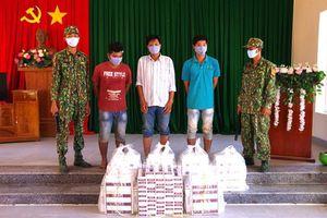 Vây bắt 3 đối tượng buôn lậu 1.980 gói thuốc lá ngoại