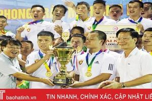 New Forcus vô địch 'Giải Bóng đá nam phong trào TP Hà Tĩnh mở rộng lần thứ nhất'