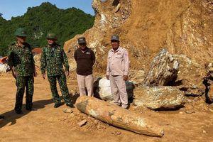 Quảng Bình: Phát hiện, xử lý thành công quả bom 'khủng' 450kg