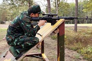 Súng trường bắn tỉa huyền thoại SVD Dragunov