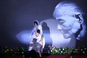Chương trình văn nghệ 'Vu Lan - Văn hóa tình người'