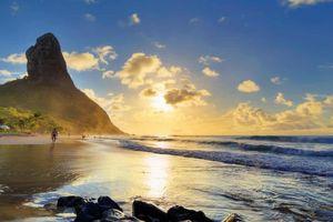 Đảo ở Brazil chỉ đón khách từng nhiễm Covid-19