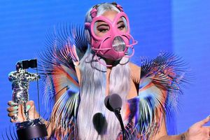 BTS và Lady Gaga 'chiếm sóng' Lễ trao giải MTV VMAs giữa mùa dịch