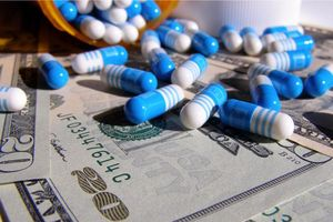Lật tẩy mô hình kinh doanh sinh lời 'khủng' của các hãng dược