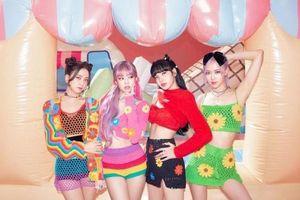 BLACKPINK - nhóm nữ K-Pop duy nhất sở hữu những 'cú bắt tay' siêu đỉnh cùng dàn sao US&UK