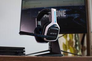 Astro A20 Gen 2: Tai nghe đầu tiên dùng cho cả PS5 và Xbox Series X