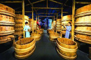 Người tái hiện lịch sử nước mắm Việt