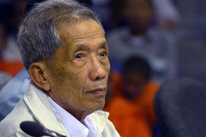 Cai tù khét tiếng của Khmer Đỏ chết khi đang thụ án