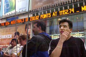 Chứng khoán Mỹ bán tháo, chưa lặp lại'vụ nổ' dotcom 2000