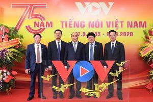 Thủ tướng: 'Tiếng nói Việt Nam' – cần làm tốt hơn nữa vai trò kết nối trái tim người Việt