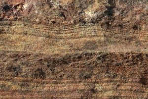 Ngỡ ngàng đá đầy kim cương 'địa ngục' ngập tràn bờ biển Nhật Bản