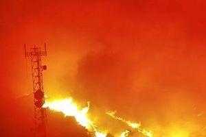 Kịp thời cứu 200 người khỏi biển lửa