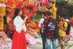 Trung Thu này muốn chụp ảnh trên phố Hàng Mã, teen sẽ mất phí 50.000 đồng/ lần?