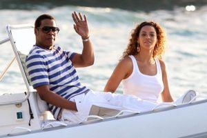 Vợ chồng Beyoncé chi 2 triệu USD thuê du thuyền