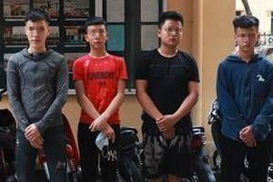 11 'quái xế' đua xe quanh hồ Hoàn Kiếm